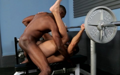 l12660-universblack-gay-sex-porn-hardcore-videos-blacks-thugs-009