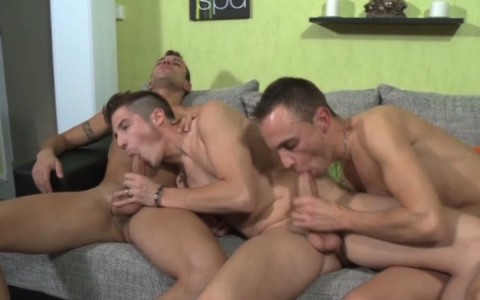 l7743-berryboys-gay-sex-porn-hardcore-videos-made-in-france-twinks-minets-jeunes-mecs-young-boys-stephane-berry-prod-caste-moi-et-defonce-moi-007