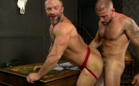l9164-mistermale-gay-sex-porn-hardcore-videos-hairy-hunks-muscle-studs-tatoos-beefcake-scruff-males-male-male-butch-dixon-bear-with-me-019