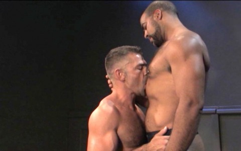 l6849-darkcruising-video-gay-sex-porn-hardcore-hard-fetish-bdsm-raging-stallion-hard-friction-002