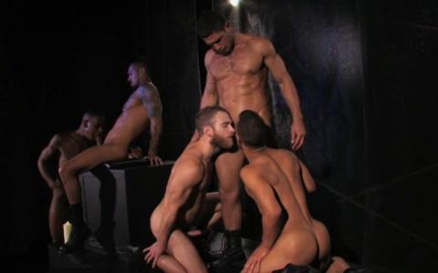 l09884-darkcruising-gay-sex-porn-hardcore-videos-bdsm-hard-fetish-darkroom-leather-rubber-skin-009