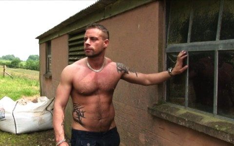 l7300-gay-sex-porn-hardcore-alphamales-out-on-the-farm-001