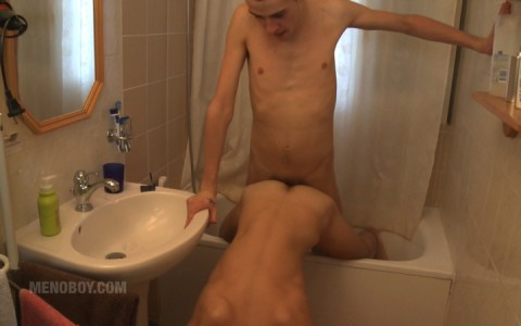 l13812-menoboy-gay-sex-porn-hardcore-fuck-videos-french-france-twinks-minets-14