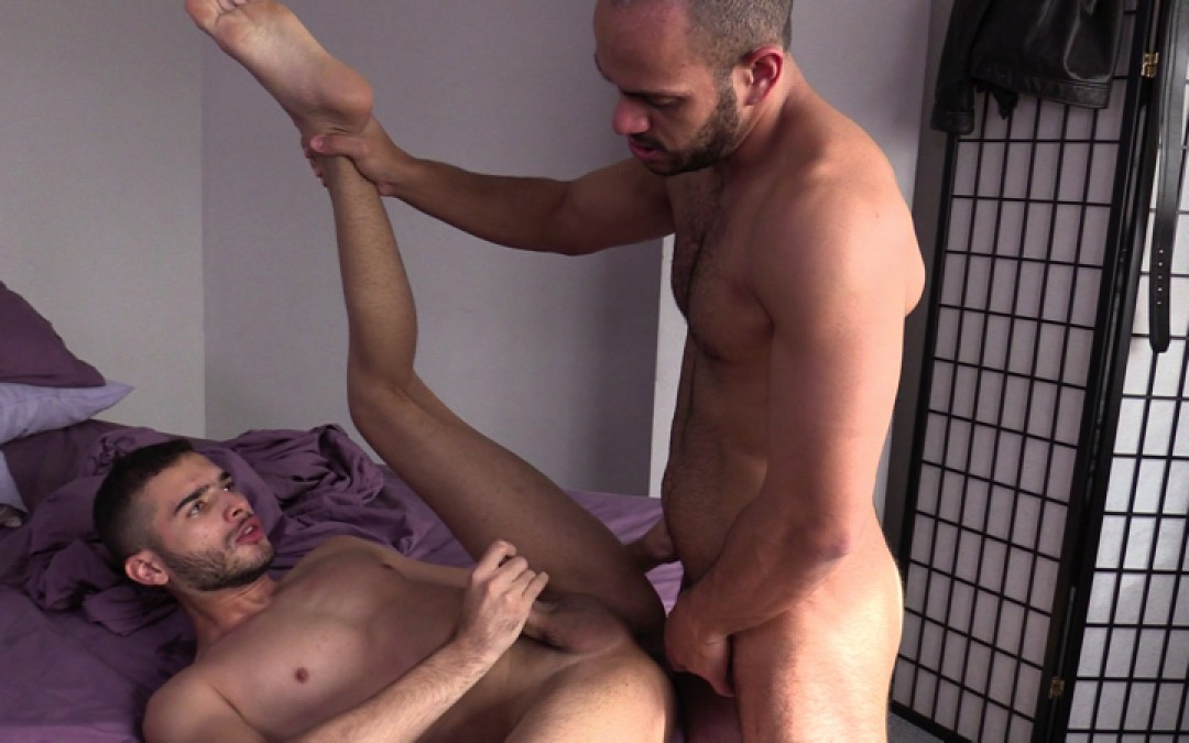 Master Gay Latino and his sexy cum-dump