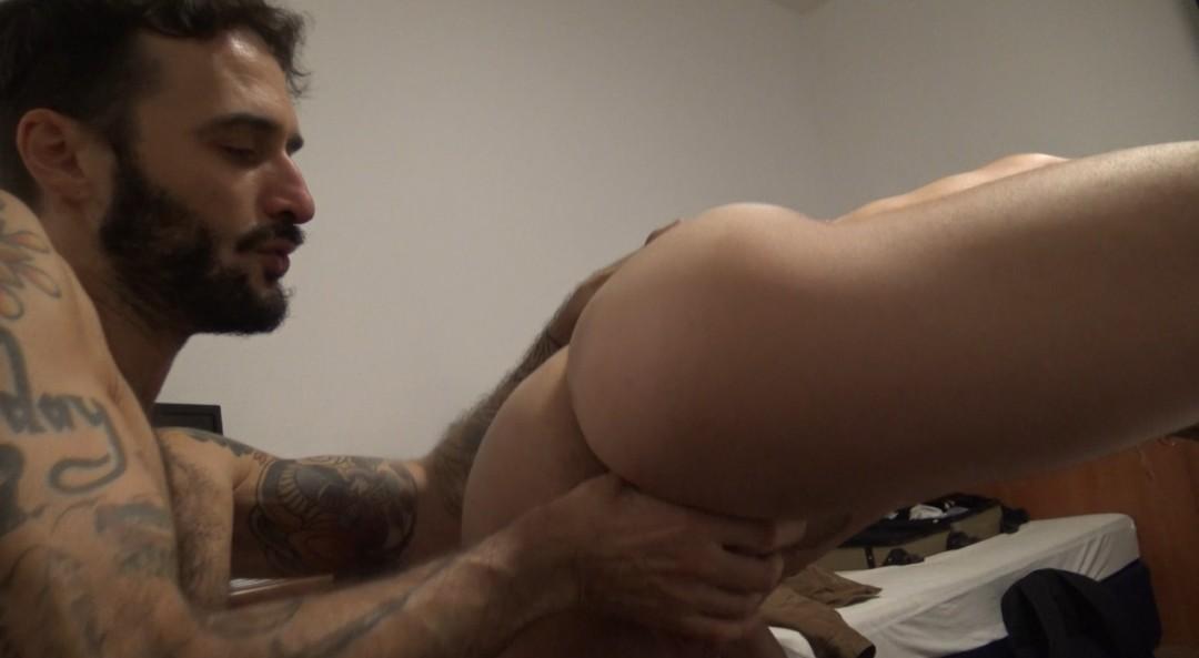 Ricco FATALE fucked bareback by PAOLO SANTS