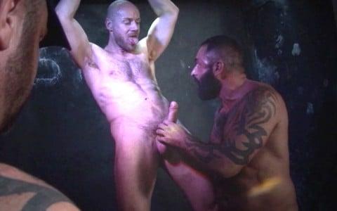 l7358-darkcruising-video-gay-sex-porn-hardcore-hard-fetish-bdsm-alphamales-toolbox-live-012