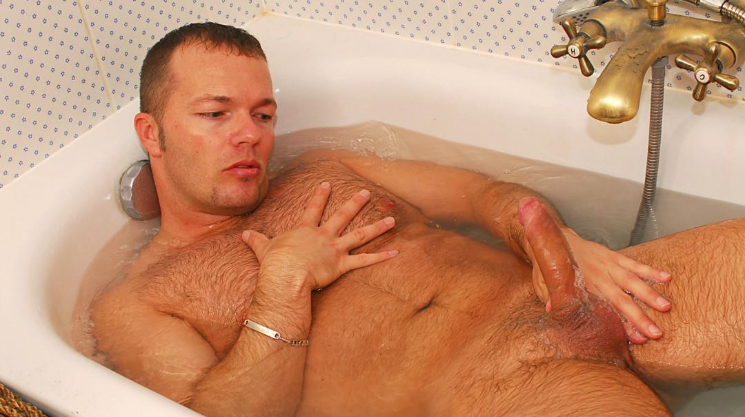A hot bath and some good cum