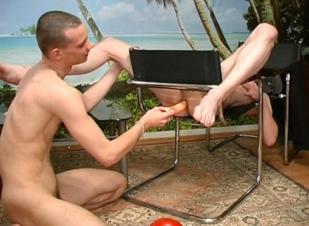 Pleasuring my gay friend