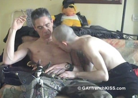 l12443-gayfrenchkiss-gay-porn-hardcore-videos-france-french-porno-amateur-003