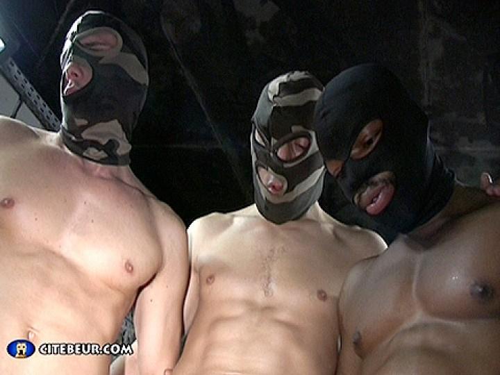 A Hooded Gang banged Tony Axel
