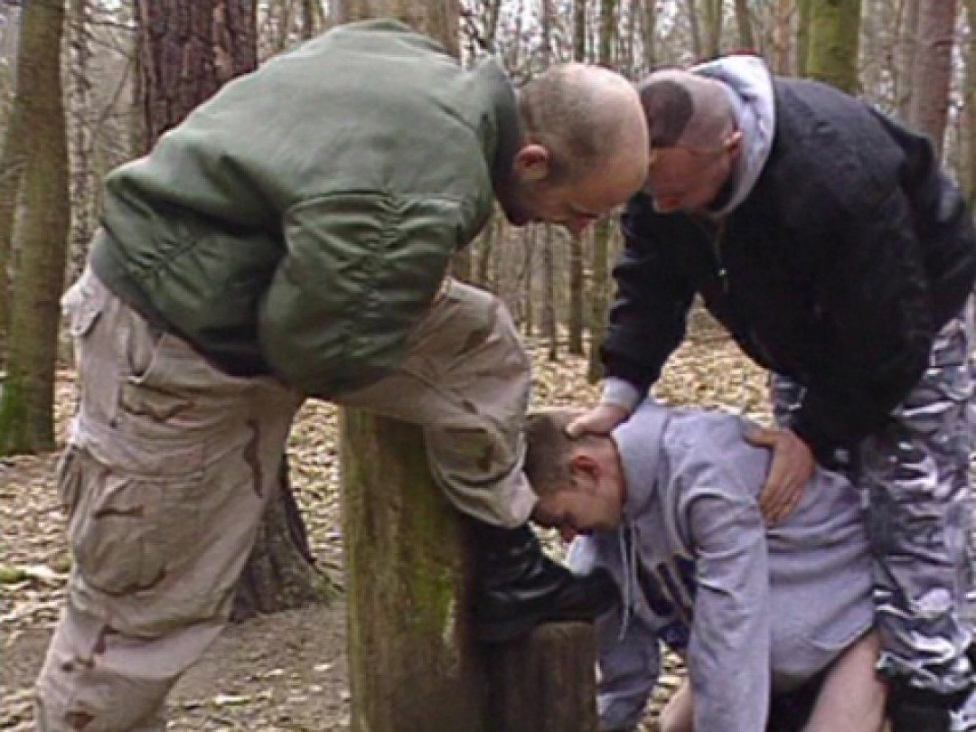 SKINHEADS IN THE WOOD