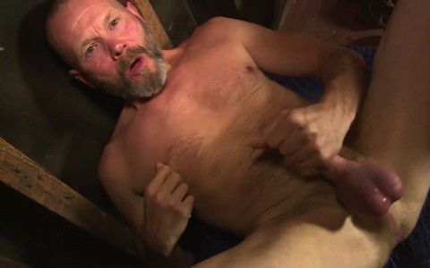 l16224-mistermale-gay-sex-porn-hardcore-fuck-videos-males-hunks-beefy-muscle-studs-hairy-daddies-scruff-11