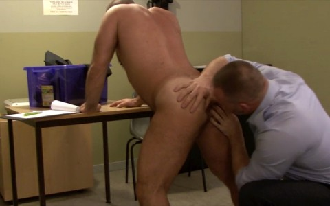 l15719-mistermale-gay-sex-porn-hardcore-fuck-videos-hunks-studs-butch-hung-scruff-macho-02
