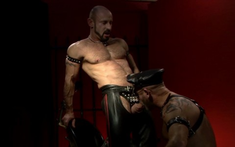 l15749-gay-sex-porn-hardocre-fuck-videos-fetish-bdsm-dark-scruff-hunks-05