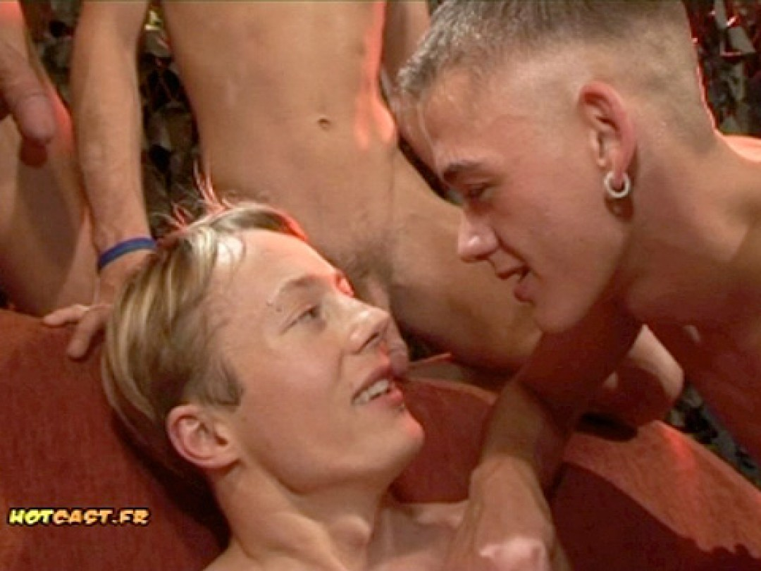 FIVE TWINKS FOR AN ORGY