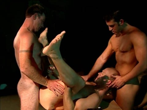 trio-ouvrier-muscle-10