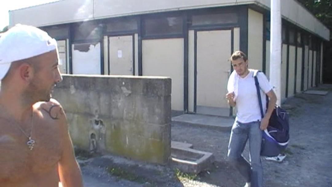 un sportif basque se fait baiser à biarritz