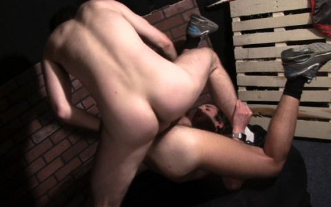 l11530-sketboy-gay-sex-porn-hardcore-videos-sneakers-skets-fetish-made-in-france-french-baskets-kiffeur-007