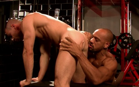 l14994-mistermale-gay-sex-porn-hardcore-fuck-videos-hunk-muscle-stud-hairy-scruff-sexy-04
