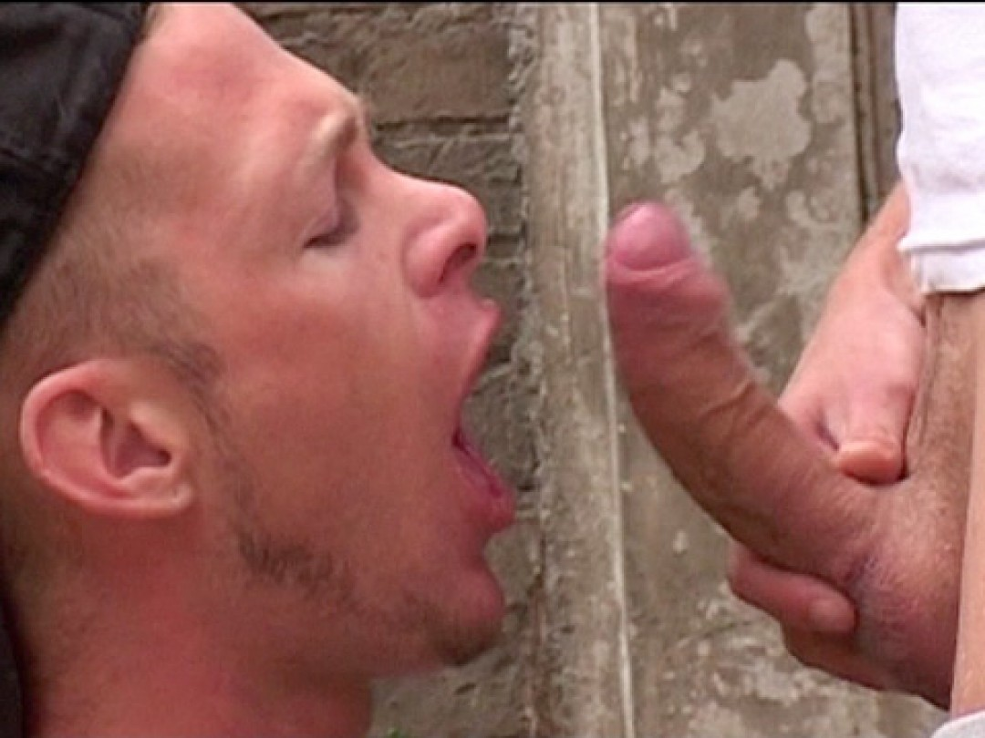 Deep-throat and deep in the ass!