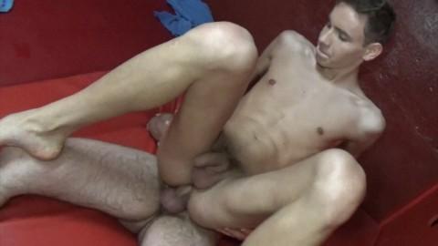 DORYAN MARGUET caste un minet blond de 18 ans