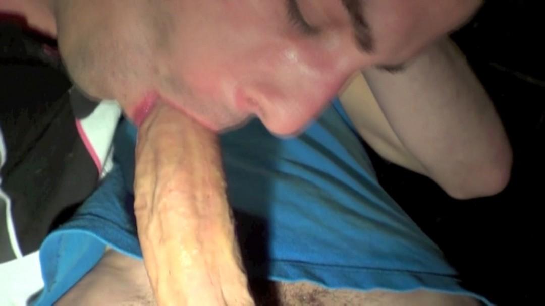 Sexe en endroits glauques
