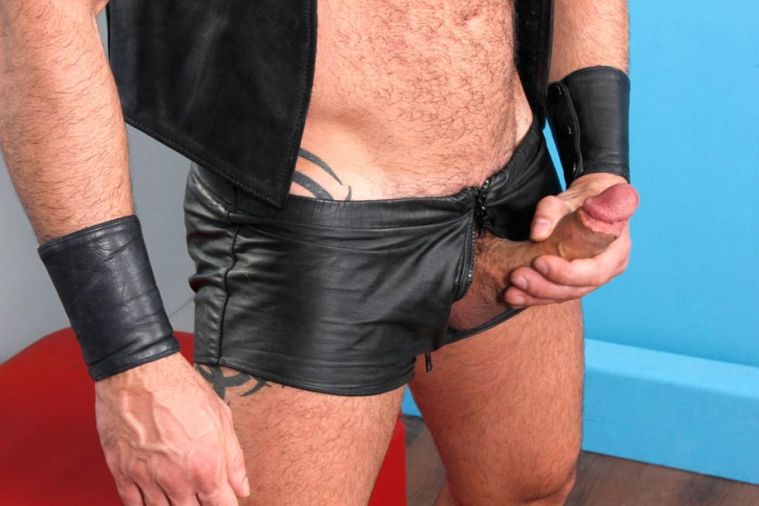 Furry Muscle Kink