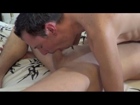 Le 1er porno de 2 beaux mecs de nantes