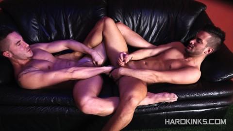 dark-cruising-hard-kinks-gay-porn-hardcore-videos-made-in-spain-bdsm-macho-kinky-bondage-fetish-147