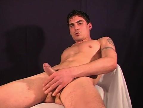 l1335-jnrc-gay-sex-porn-hardcore-videos-france-french-solo-branlette-jean-noel-rene-clair-militaires-uniformes-sportifs-008