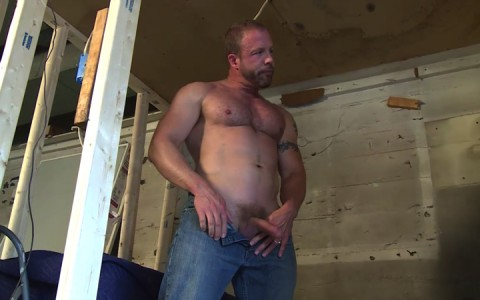 l16222-mistermale-gay-sex-porn-hardcore-fuck-videos-males-hunks-beefy-muscle-studs-hairy-daddies-scruff-05