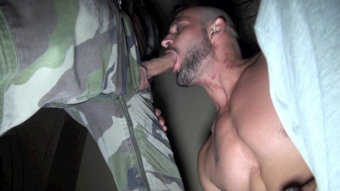 DELTA KOBRA militaire qui défonce mike TIGER