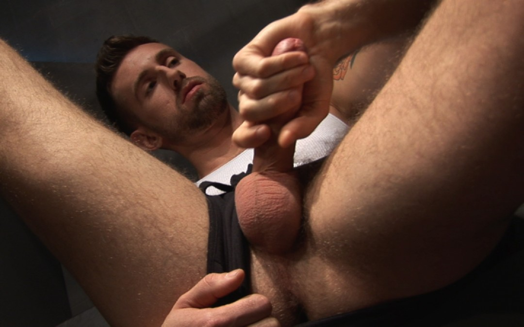 Sexy fuck in glory-holes