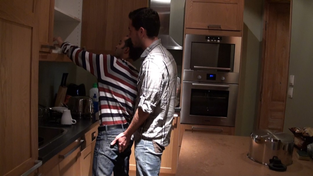 Young arab is fucked in the kitchen