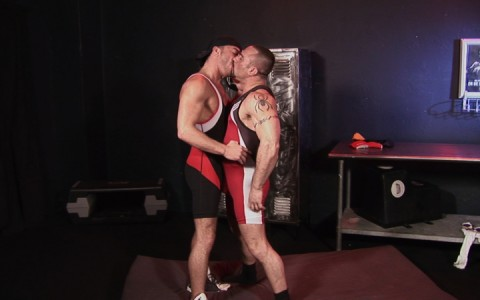 l14185-darkcruising-gay-sex-porn-hardcore-fuck-videos-bdsm-fetish-hard-kink-01