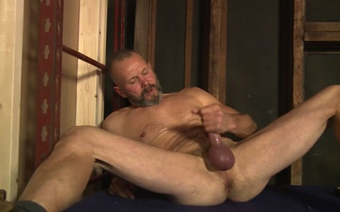 l16224-mistermale-gay-sex-porn-hardcore-fuck-videos-males-hunks-beefy-muscle-studs-hairy-daddies-scruff-12