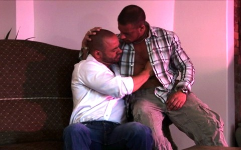l7302-cazzo-gay-sex-porn-hardcore-alphamales-out-on-the-farm-001