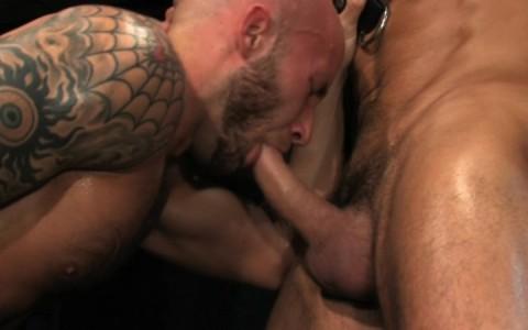 l09853-darkcruising-gay-sex-porn-hardcore-videos-hard-bdsm-fetish-darkroom-leather-rubber-skin-002