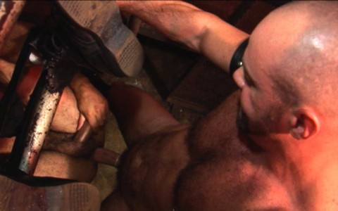 l7257-darkcruising-gay-porn-sex-hard-fetish-bdsm-kinky-alphamales-hairy-hunx-017