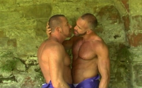 l7289-gay-sex-porn-hardcore-alphamales-out-in-the-open-002