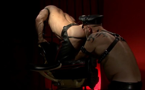 l15749-gay-sex-porn-hardocre-fuck-videos-fetish-bdsm-dark-scruff-hunks-06