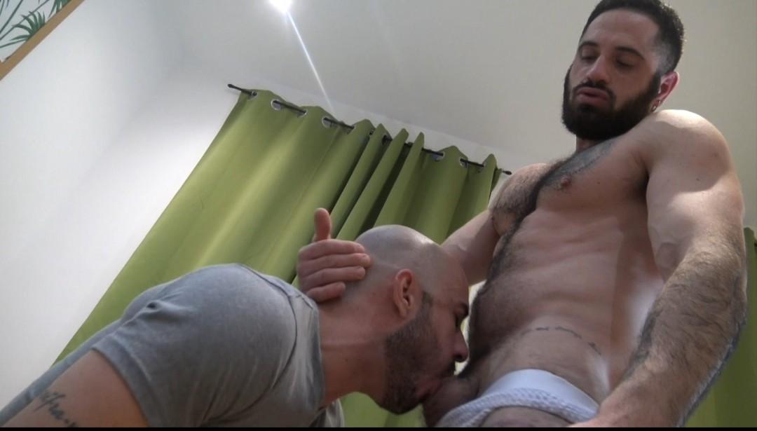 Bairon HELL défoncé par le sexy Nando FERNANDEZ