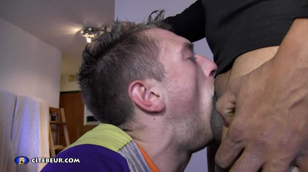 rebeu-tahar-baise-romain-tik-video-beur-gay-16