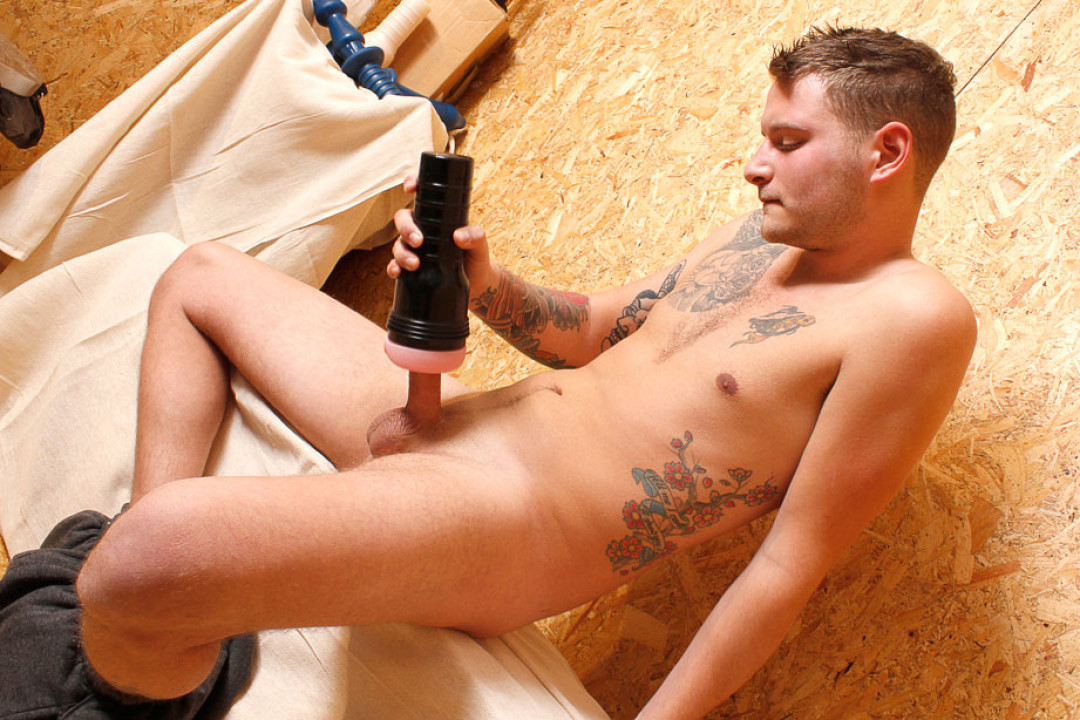 Tattooed Scally Jerks off
