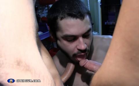 Marc Humper suce deux grosses bites