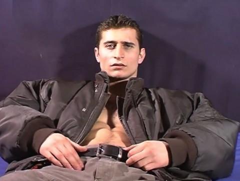 l10151-jnrc-gay-sex-porn-hardcore-videos-french-france-branlette-solo-militaires-pompiers-footballeurs-001