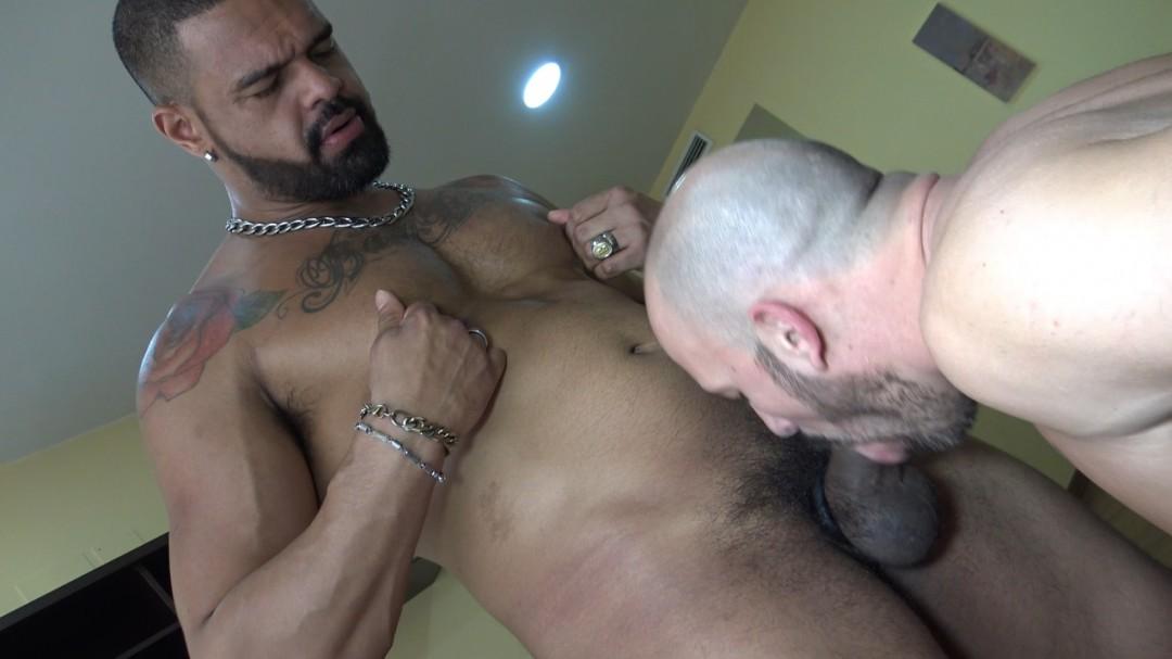 Max DURAN fucked by BAMBAM top latino XXL