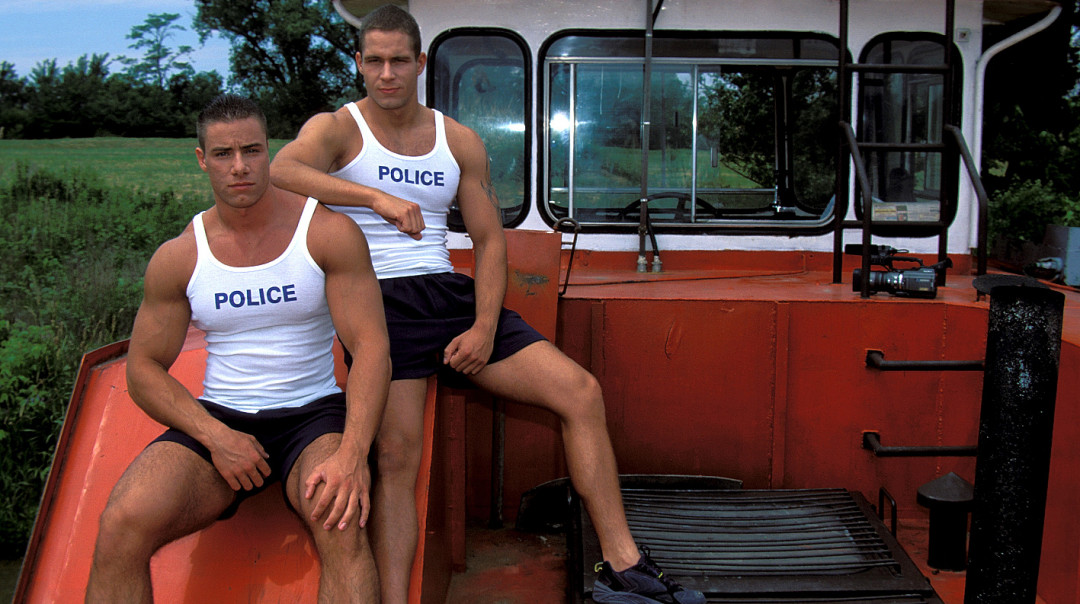 Polices Frontieres