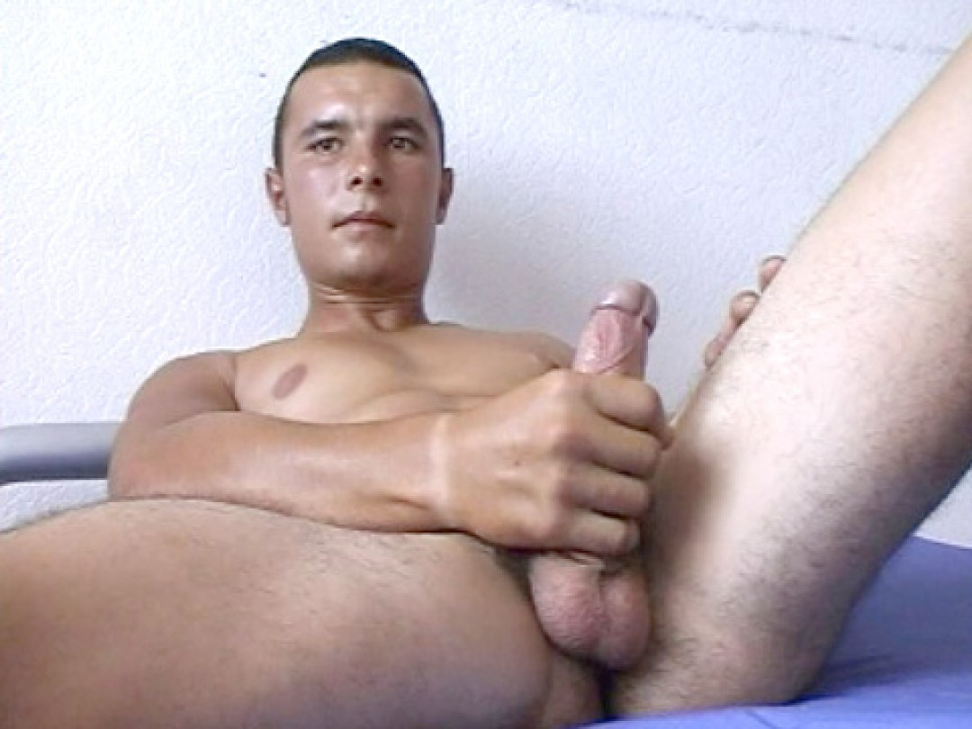 Papey, hottie from Eastern Europe!