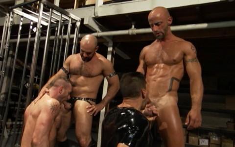 l6845-darkcruising-gay-sex-porn-hard-fetish-bdsm-titan-caged-018